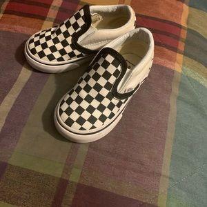 Toddler Checkered vans size 5